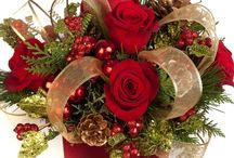 Red ccenterpiece/ gold ribbon