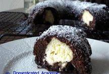 Yum! Cakes / by Shawna Johnson