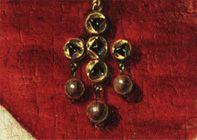 15 century jewelry