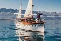 Motor sailer