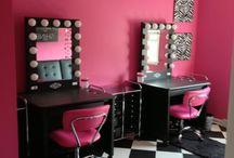 Sarah's Hollywood Room