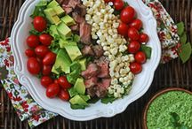 Bouffe - Salades / by Marie-Josee Guerin