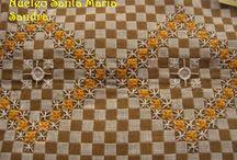 Bordados em tecido xadrez