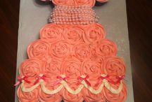 my mom's cakes!