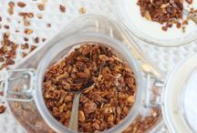 Great Granola Round-up / We love granola. Especially when it's made with EVOO. Wake up with these great tasting olive oil granola recipes. / by California Olive Ranch