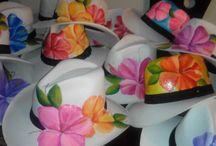 sombreros con cayenas / sombreros