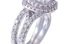 14K WHITE GOLD CUSHION CUT DIAMOND ENGAGEMENT RING AND BAND