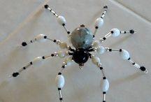Pók gyöngyből