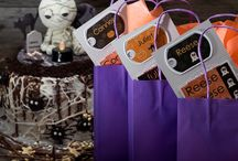 Halloween Party / Inspiration to plan the perfect Halloween Party. With DIYs, snacks, treat bags and labels.