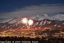 Fantastic Fireworks / Holidays are a great time to take a family vacation - especially when you leave your vacation rental and head to a fireworks display! See some of the best firework displays from all over the world, and join the celebration!