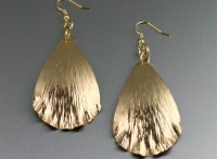 Nu Gold Jewelry / Nu Gold resembles real gold without the hefty price tag, allowing you to get the most bang for your buck. My stylish handcrafted Nu Gold jewelry is made with a red brass alloy of zinc and copper. Best of all, Nu Gold does not contain any nickel, making this metal perfect for those with nickel allergies.
