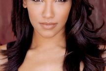 Candice Patton is awesome / One of my new favs on TV.