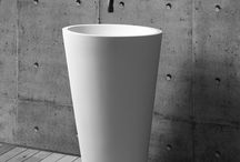 JEE-O mango basin / Freestanding basin made from DADOquartz. (L 580 x W 400 x H 910 mm)