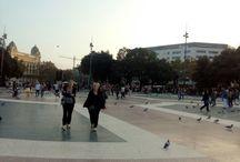 Barcellona / per le strade di Barcellona allegria  divertimento