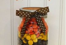gifts in jars / by Anna Rendell