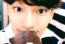 Chen *-* <3EXO<3