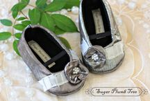 BABY SHOES / by Cydnee Hoskins