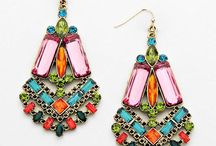Earrings / Beautiful jewelry to beautify your ears