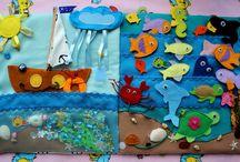 Развиваюшие книжки / Мягкие развивающие книжки для детей. Направлены на развитие внимания, мышления, памяти, сенсорики и тактильных ощущений у ребенка. В зависимости от возраста малыша содержат развивающие элементы: перебиралки, шнуровку, различные виды застежек, игру мемори, крестики-нолики, лабиринты и т.д.