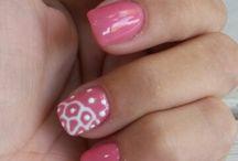 Nail Art & design with a magical brus / nails