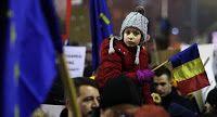 Περίπου 300 χιλιάδες Ρουμάνοι πολίτες βγήκαν στους δρόμους σε μια τέταρτη ημέρα διαδηλώσεων