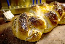 Breads and Rolls / by Alison Petok