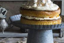 M Cakes