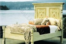 Beds I like / by Rhoda Gardner
