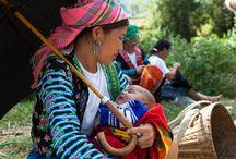 Ethnische Minderheiten in Vietnam / Um ein Land kennen zu lernen, sollte man auch die Bevölkerung kennen lernen. Der Kontakt mit der Bevölkerung ist ein wichtiger Bestandteil einer Reise. Neben vielen Naturschönheiten, wie Wasserfällen, Seen usw., können wir mehrere Dörfer ethnischer Minderheiten besuchen. Das ist eine gute Gelegenheit für uns, um fremde Gebräuche und Lebensarten zu entdecken und in eine andere Kultur einzutauchen.