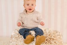 6 month old babies, 1 year old  and child milestone photos - CUTEST KIDS EVER / Katie Corinne Photography's portraits of your chubby little man or squishy baby girl will be so adorable.  Just take a look at these 3 months, 6 months and 1 year old kids