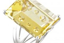 Quartz Rings, Earrings and Pendants / Explore beautiful and genuine quartz gemstone rings, earrings and pendants in different colors such as Smoky, Lime, Honey, Milky and Rose.