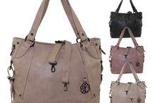 Glüxklee Handtaschen &Co / Die Handtaschen, Rucksäcke und Börsen von Glüxklee sind ideal für deinen modischen Auftritt. Glüxklee mach Frauen glücklich ! Und das Beste : Du kannst sie einfach online kaufen..