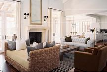 Living Room / by Jana Berrelleza