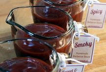 BBQ Sauce / BBQ sauces - it's all covered. Sweet & thick or vinegar & hot, tomato or mustard based, white or red.