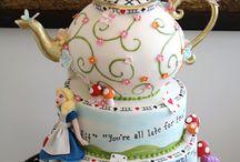 Cakes Alice in Wonderland
