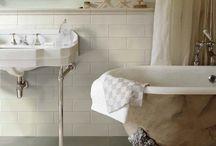 Bathroom / Vägg, golv och detaljer, klä ditt badrum i snygg och praktisk kakel och klinker.