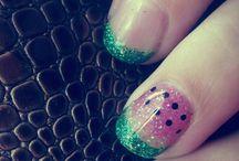 Nails for mumma