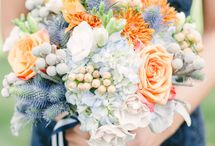 Bouquets with navy dresses