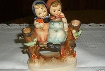 """Gorgeous Vintage Hummel Figurine #179 """"Couquettes"""""""