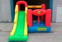 Castillo Hinchable Play Center 6 actividades en 1 con amplio tobogán / En poco más de 11 m2, el Play Center 6 en 1, concentra seis actividades súper divertidas convirtiéndose en uno de los castillos hinchables más completos de su gama.  http://www.castilloshinchablessaltofeliz.com/producto/castillo-hinchable-play-center-6-actividades-en-1-con-amplio-tobog-n