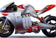 MotoCzysz / http://bikesevolution.com/MotoCzysz/