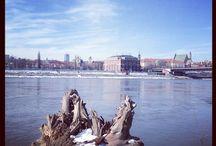 Wisła Warszawa / Kochamy rzekę w naszym mieście! Kochamy plaże, ścieżki rowerowe i biegowe, Multimedialny Park Fontann, bulwary, mosty, wodniaków, bywalców nad rzeką, rozrywkę i rekreację! Co tu dużo pisać... WISŁA NASZA MIŁOŚĆ