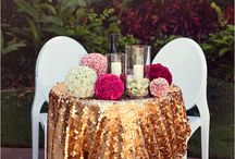 Luxe / Glam Weddings / Ideas for gold decor at weddings and events.
