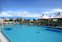 Accommodation with Swimming Pools