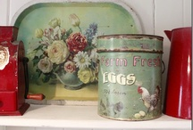 Country Living and Vintage Stuff / by Mary Beattie