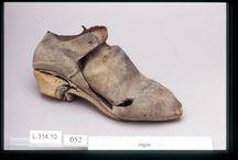 17th century footwear latchet shoes
