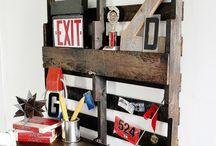 Desk / Pallet wall desk