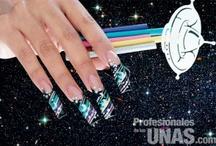 """Graduaciones / Diseño en uñas (nails) para graduaciones. Revista """"Profesionales de las Uñas"""""""