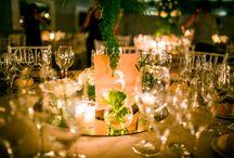 MESEROS - TABLE NUMBERS / Meseros que invitan a sentarse