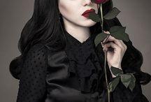 Threnody In Velvet Makeup
